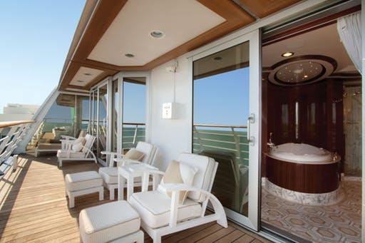 Oceania Owner's Suite