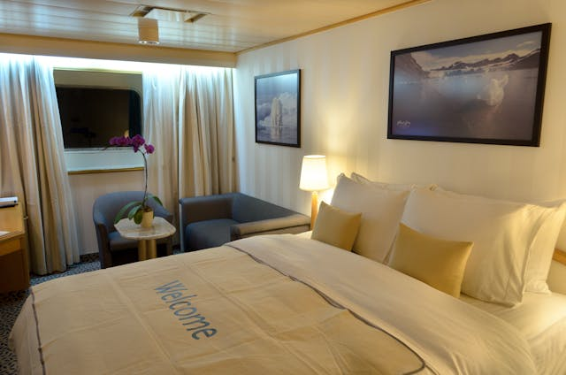 Silver Discoverer View Suite