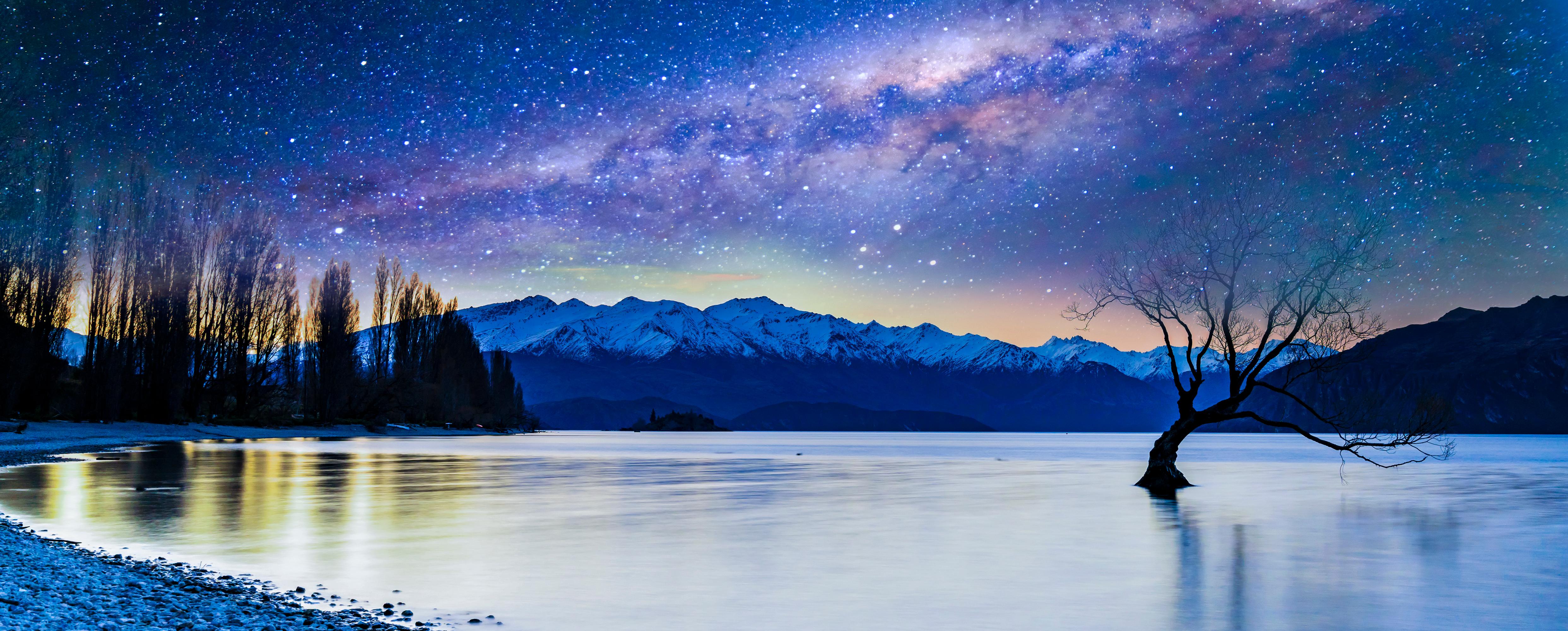 Wanaka Lake, South Island, New Zealand