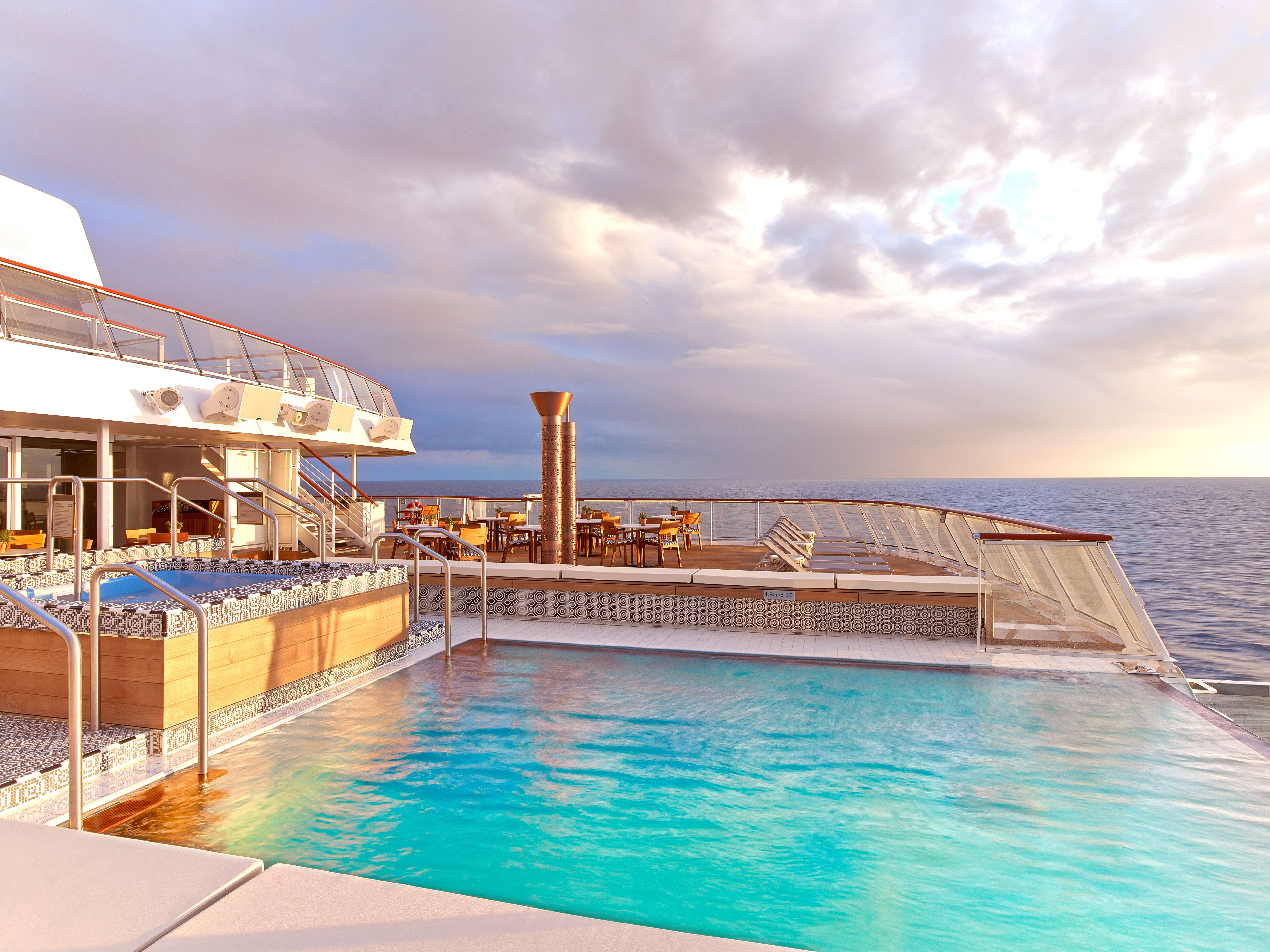 Viking Ocean infinity pool horizon